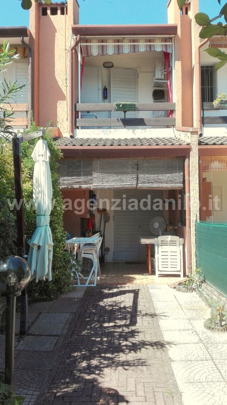 Front - villas sale Ferrara Beaches